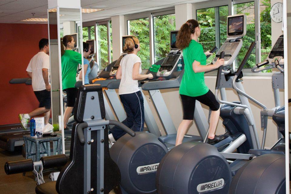 sala fitness hilton