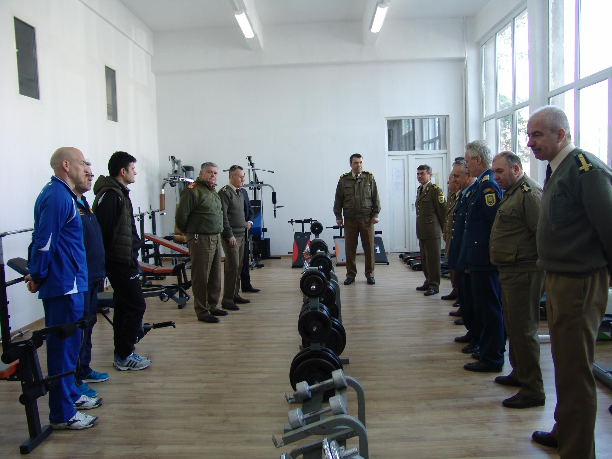 sala de fitness scoala militara